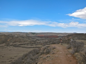 Perfect trails to wake up those hibernating bike muscles. Oh, yes, they did scream.