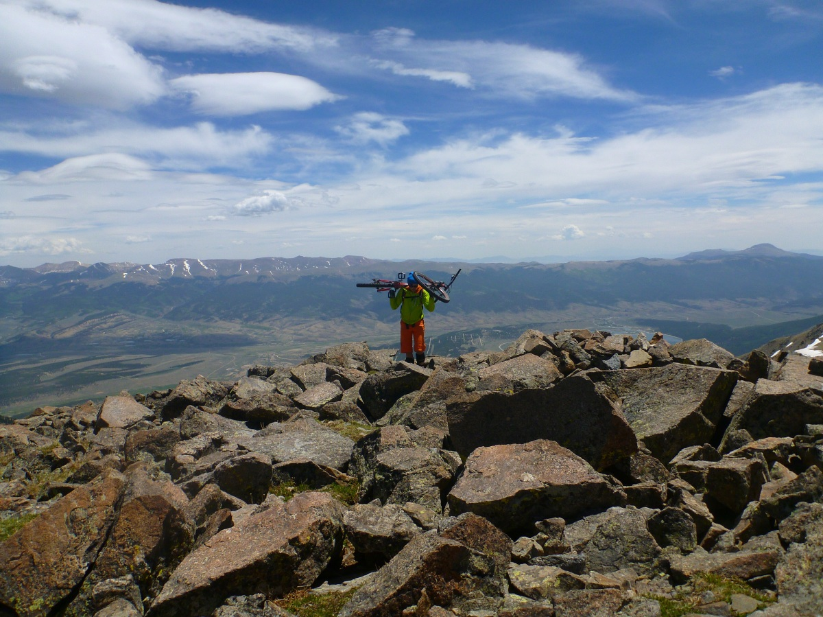 Thin air on the roof of Colorado - Mount Elbert on a bike