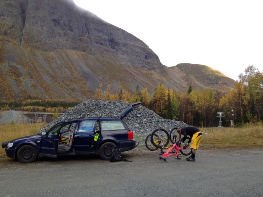 Getting ready to climb Borgahällan. THe colouir, that doesn't look that steep from here, in the background