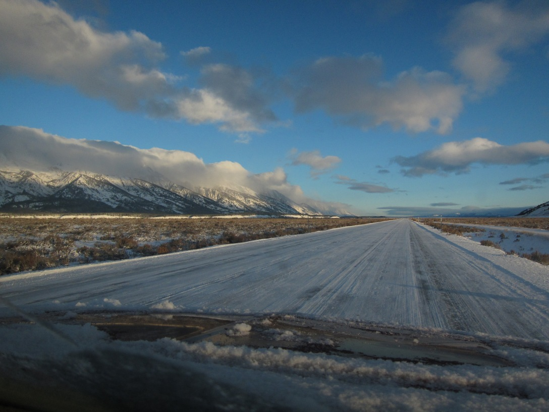 The road to Grand Teton National Park, Dec 24