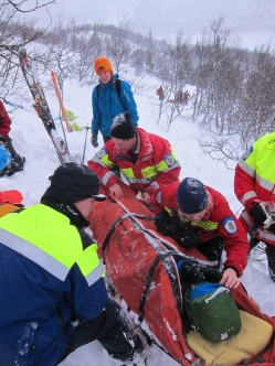 The mountain rescue team + volunteers