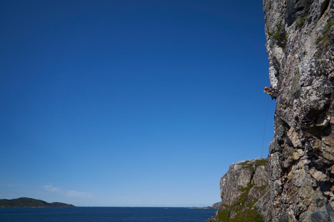 Brensholmen. Gustav climbing.