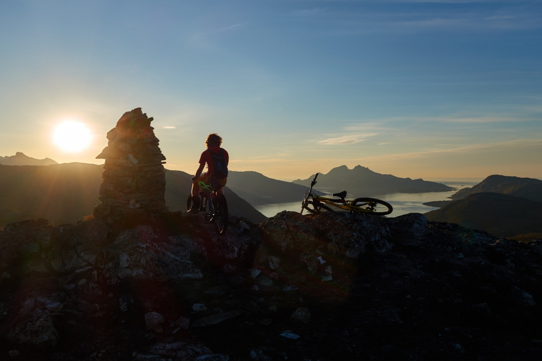 Martin and our bikes on the summit of Sørtinden.