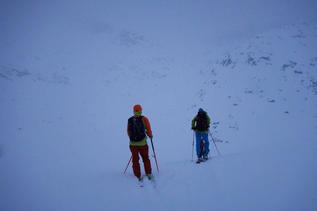 Gustav and Kenneth on the way up Skitntind.