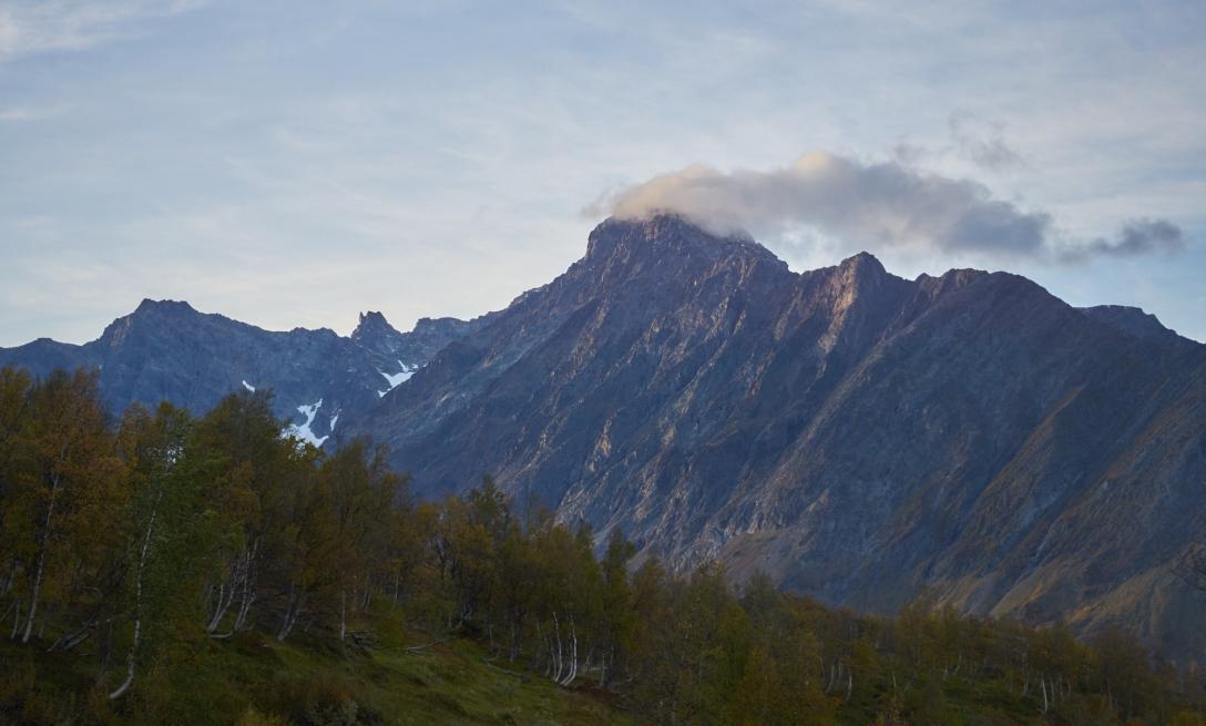 Munching on the the view from skihytta, Lyngseidet Sept 9th.